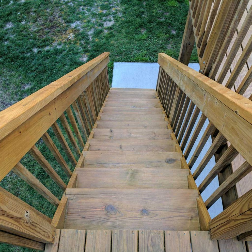 Wood Stain: Finished Steps